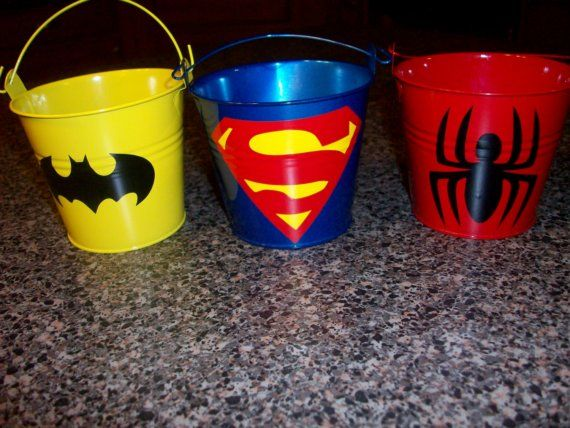 cubetas-superheroes