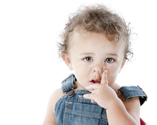 bebe-cosa-nariz