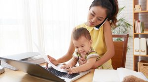 mama trabajadora freelance emprendedora