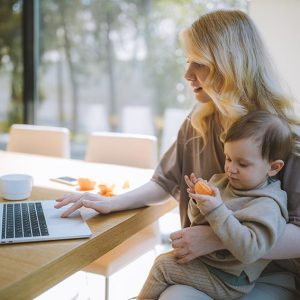 How to make money being a mommy blogger and influencer?